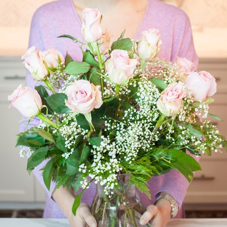 Tips on arranging your roses into a bouquet | Merrifield Garden Center