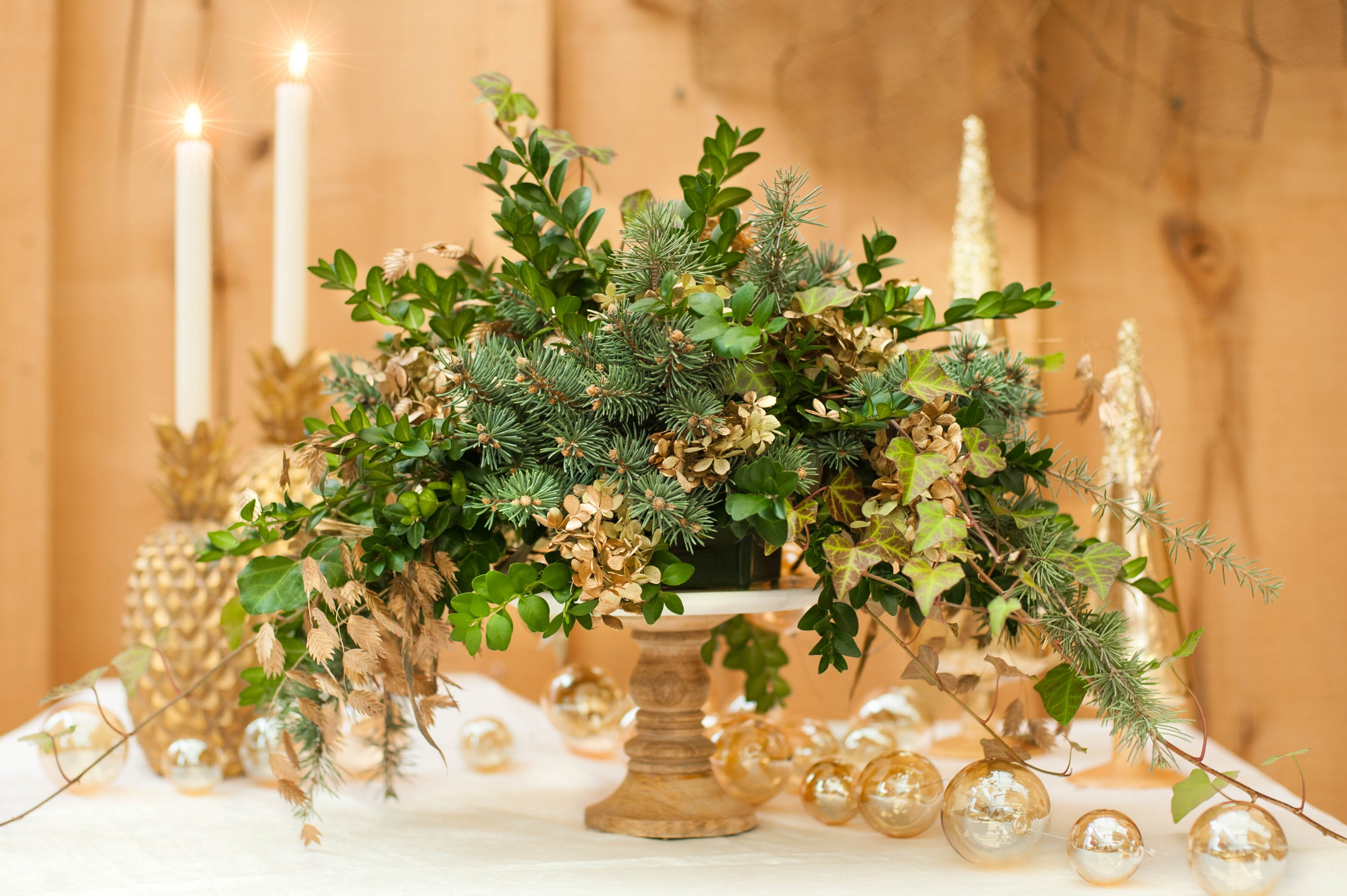 Fresh Greens, Holiday Centerpiece, Gold and White, Decor