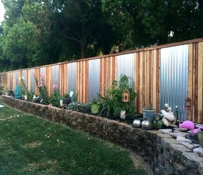 Deer fencing via hometalk.com