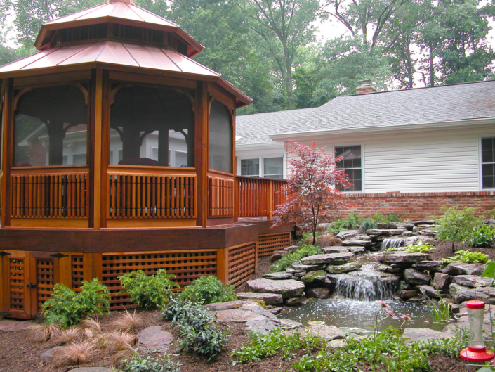 Screened-in Gazebo with Pond
