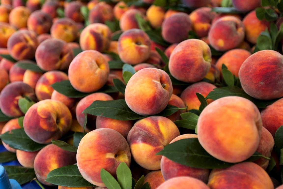 Peach, Istock