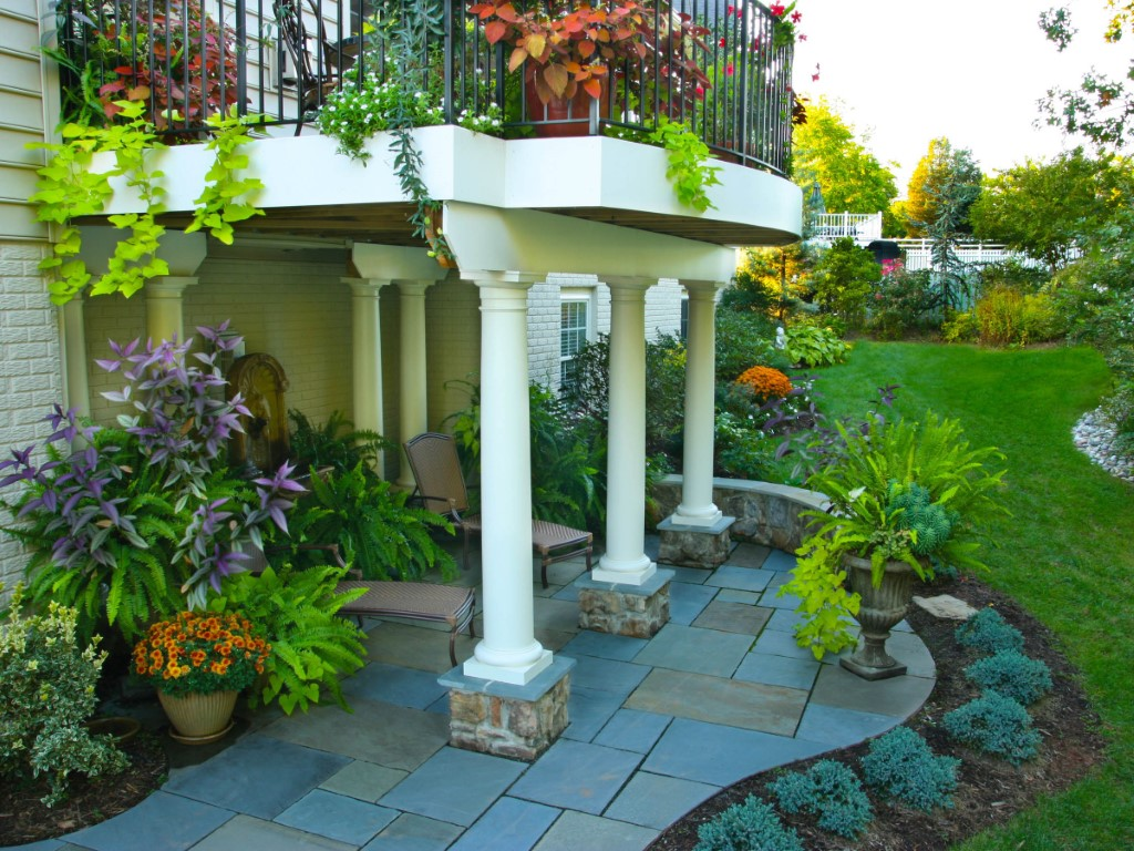 Covered Patio With Columns