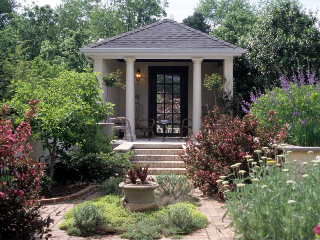 Stone Patio with Perennial Plantings (Medium)