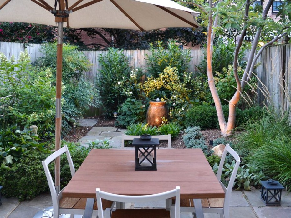 Townhome Patio with Sitting area